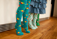 Paraply! Ekologiska barnstrumpbyxor med halkskydd 0-5år