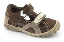 Sandaler barn pojke bruna