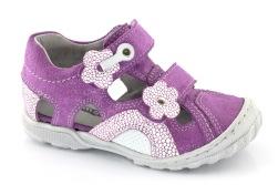 Sandaler barn flicka