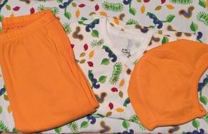 Babypaket/Larver - Babyfilt,Knyttröja, Byxor, Hjälmmössa 50-60cl - Stl.50 Babypaket Larver/knyt