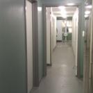 Korridor utanför sporthallen efter ombyggnad