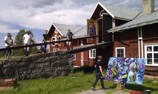 ROLFCARLWERNER målar inför publik på Konstrundan i Ovanåker 2013