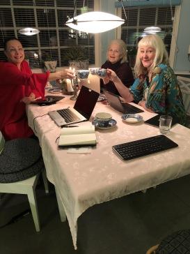 Skrivaretreat med Pia F Davidson, Lill VIljesten och Carina Aynsley i jan-19.