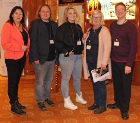 Föreläsarna Anna Jansson, PeKå Englund, Xandra Matson, Gärd Fors och Lennart Guldbrandsson på Litteraturkryssningen april-19.