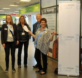 Inger Lernevall, Eva Jacobson, Johan Smedberg och Birgitta Backlund välkomnade deltagarna i Birkas terminal -19.