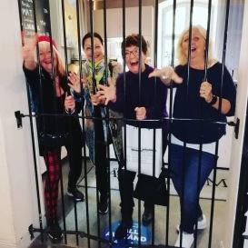 Carina Aynsley, Pia F Davidson, Birgitta Backlund och Britta Ivarsson Possnert muckar från Långholmen i sept-20.