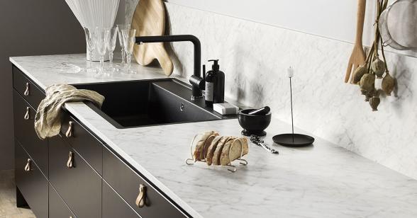 Pitekök LG Collection bänkskiva och stänkpanel i laminat 6696F-NDF Carrara Bianco