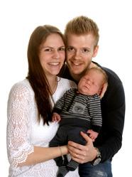 Jennie och Rasmus med Leo.