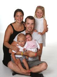 Charlotte & Sami med Molly,Moa och Jesper