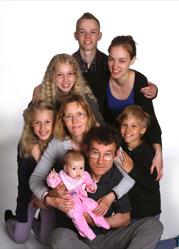 Ann-Britt & Jonny med alla barn Flora ,Jenny,Elias,Sandra,Elin,Aron
