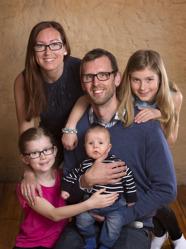Anders & Madeleine med Oscar och Julia,Lovisa