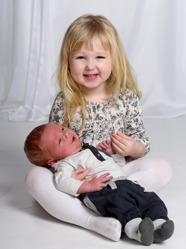 Emma & Mathias med Sylvester och Elise