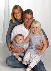 Katrin & Ulf med Emmy och Lilly