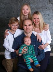 Andreas & Deborah med Sigge och syskonen Alice, Carl