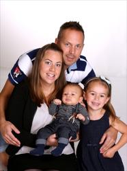 Jenny & Daniel med Lucas och syskon Isabella