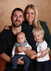 Stephanie & Thomas med Edvin och syskonen Elici