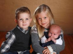 Sofia och Johan med Ingrid , Signe,Valter