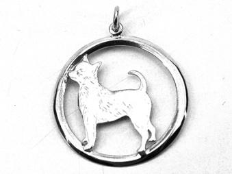 Chihuahua, korthårig hängsmycke med cirkel - Silver