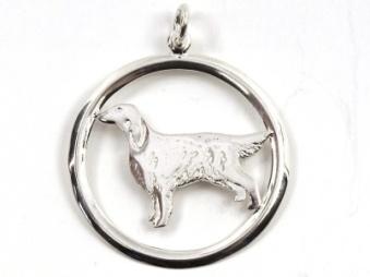Flatcoated Retriever hängsmycke med cirkel - Silver