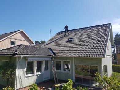 Renovering av plåttak i Ludvika. Takmålning Södertälje 7eccbd82e34b0