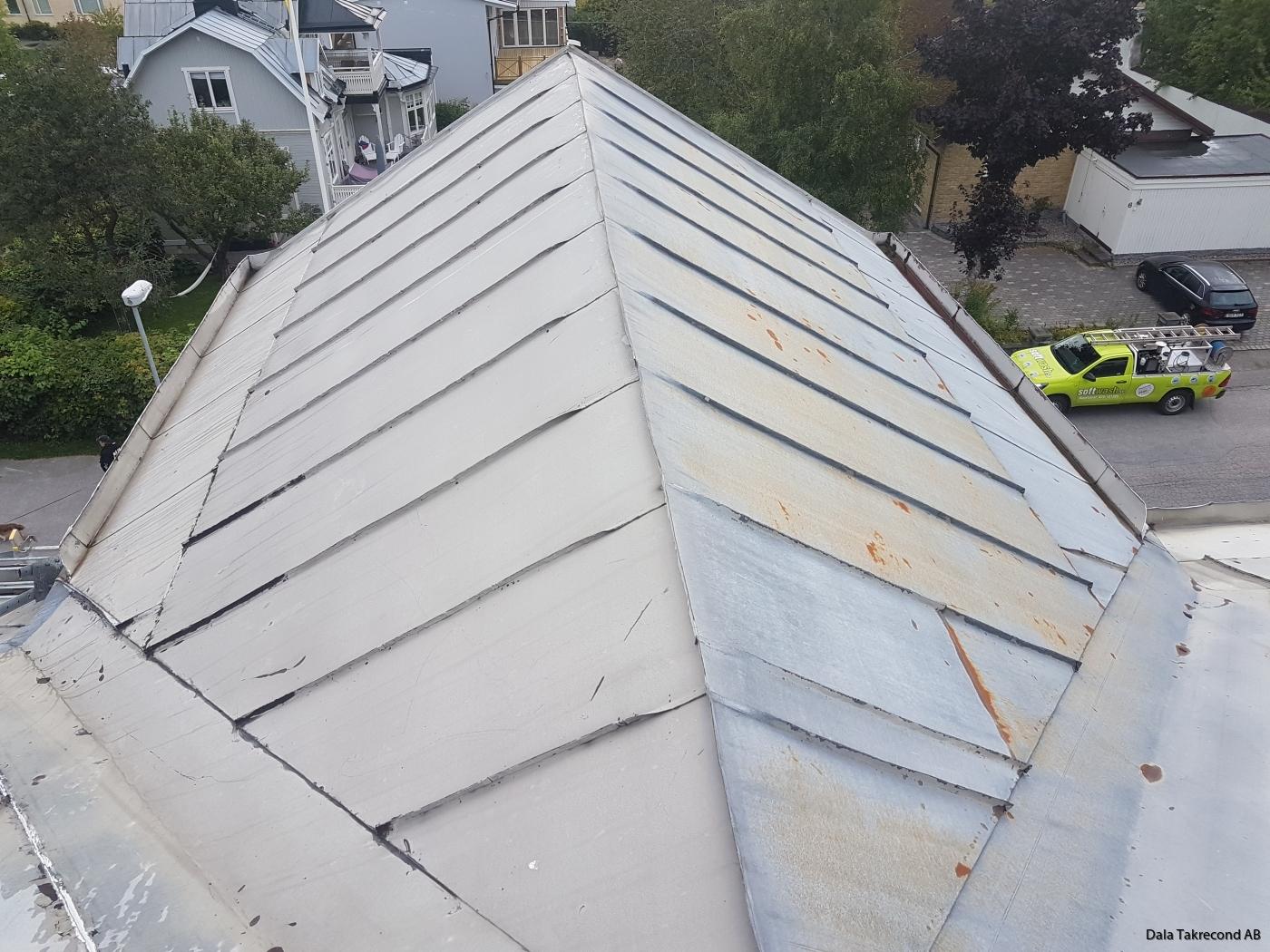 Målning plåt tak bostadsrättsförening i Södertälje. bd63206d4071d