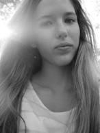Elisa Holland - Nell