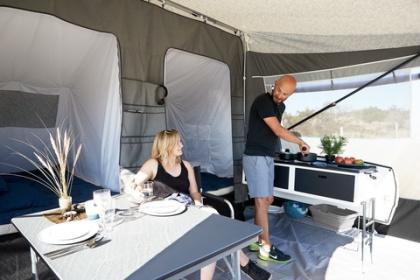 Reservdelar tillett 20-tal olika husvagn- & husbilsmärke. Även delar till tält, förtält mm. Beställ hos CJ Tält & Fritid i Torup, Halland