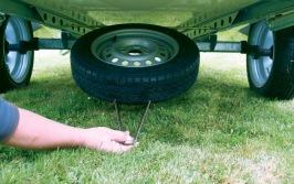 Reservehjul med hållare till Camp let tältvagn