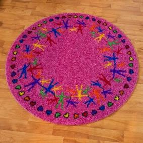 Matta rund - Hand i hand - rosa - Rund matta 1 m diameter