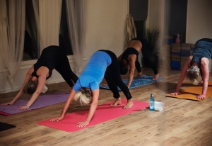 Nybörjarkurs i yoga i Helsingborg på HotYoga Helsingborg, Helsingborgs Yogacenter