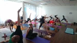 Morgonklass på hotyoga helsingborg, helsingborgs yogacenter