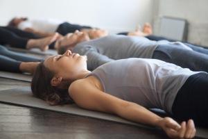 Yoga för olika former av värk och skador