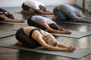 Kurs i yoga nivå 2 i Helsingborg på Hot Yoga Center i Helsingborg
