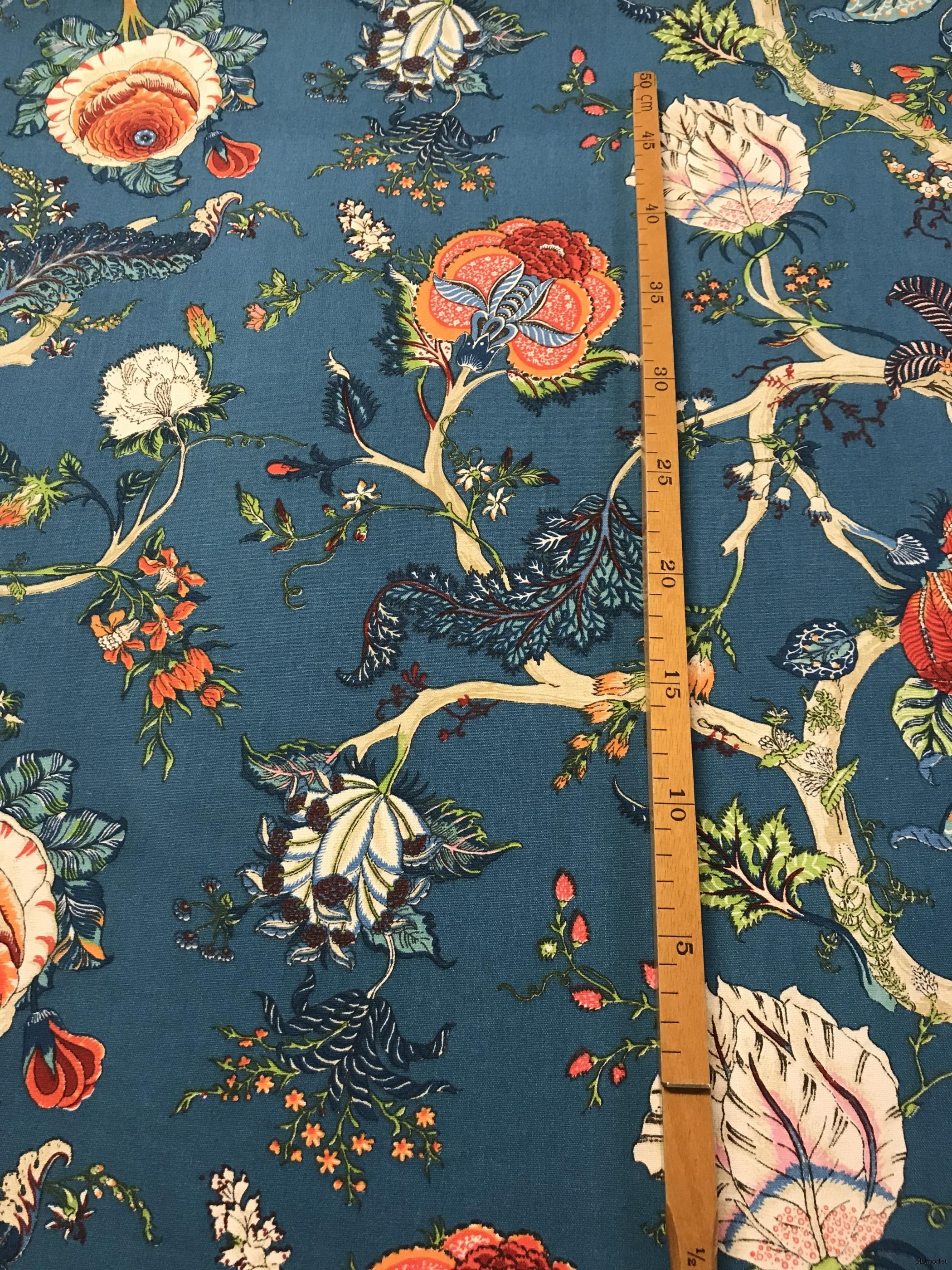 Morrisinspirerat tyg i turkosblått