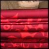 Mini unikko Röd på röd ( pris per decimeter) - Mini Unikko röd på röd