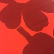 Unikko Röd på röd (pris per decimeter)