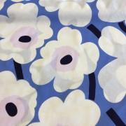 Pieni Unikko 2 Blå vit rosa (pris per decimeter)