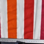 Stuv vävd röd och orange rand
