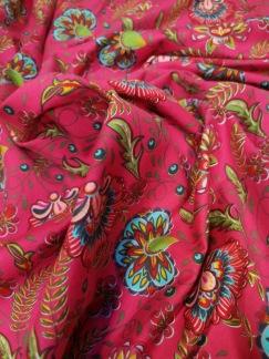 Turkosa blommor på rosa botten - Turkosa blommor på rosa botten
