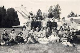 Tidigare så fick eleverna i sjätte klass göra en flygtur med vår flyglärare Bengt Andrè