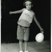 Fotokonstnär, Fotograf: Ava Valsten, Pojken med ballongen