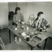 Fotokonstnär, Fotograf: Ava Valsten, Köket på Harrgatan.