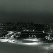 Natt över torget i Fisksätra