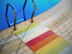 Bilden visar Pappelinas mönster Molly i färgkombinationen Multi, en av bästsäljarna.