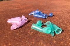 Plastbehållare, säljes i 3-pack, finns i färgerna Rosa, Grön, Blå