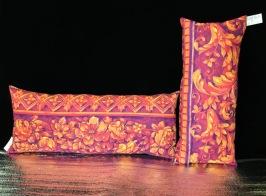 Tropic flowering pillows