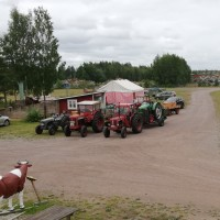 Trevlig besök av traktorer