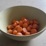 På Villa Arelid Mat Skivade morötter från trädgården