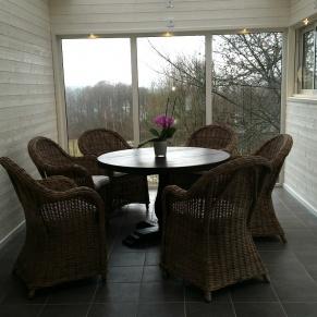 Villa Arelid Vinterträdgård bord