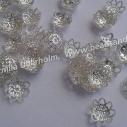 9 x 4 mm. Pärlhatt blomma, silverpläterad 10g